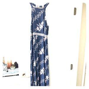 Tigerlily Maxi Dress Size 4